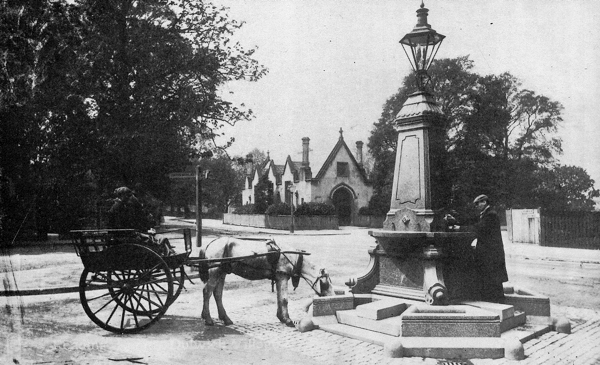 article thumb - Water fountain, Dulwich Village, c1900-10