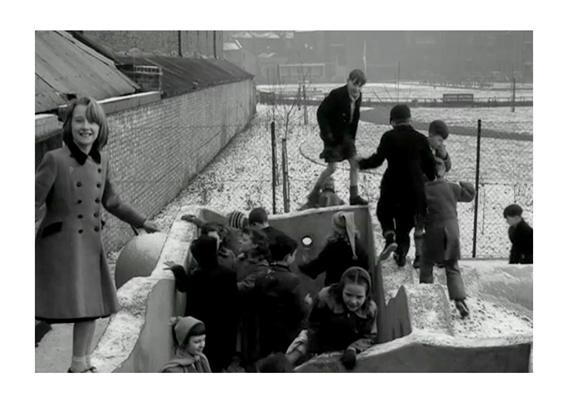 Children playing in Leathermarket Gardens, 1958